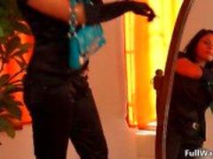 Geile glamour lesbische meisje enoys gewoon