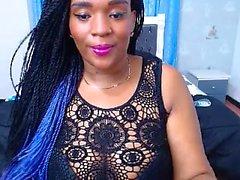 ébène chaud avec de gros seins sur webcam