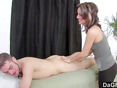 Dagfs - Masseuse Frenchie da un extra
