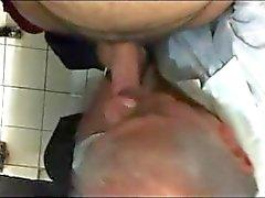 V2962 - Kamu casus tuvaleti - 21-2 - 10 dak