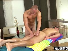 Euro daddy oral sex with massage