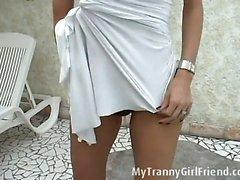 Renata Davila is strippingRenata Davila is stripping down