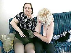 Dirty Blonde mummo rakastaa vitunrasvaa