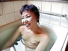grote Aziatische granny