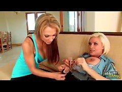 Diamond Foxxx und Lesben Nikki Sexx Polizei