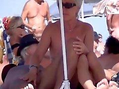 amateur playa voyeur