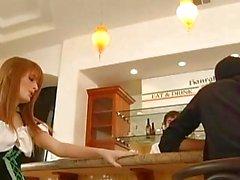 Sexy Redhead Faye Regan feiert St. Patricks Day durch fucking der Barmann