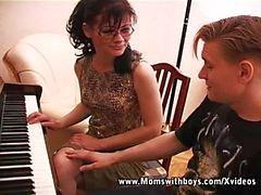 Я Вместо Хотите Черт Than Piano Lessons