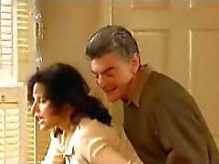 Julia Louis Dreyfus hete sex scene