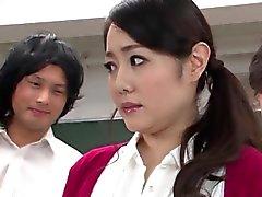 professor japonês gostosos gangbanged por seus alunos com tesão