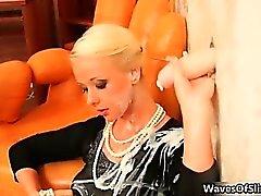 Противный блондинка и брюнетка неряхи сходят с ума Part6