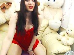 Eve Angel-tansseja alusvaatteissa Masturboi