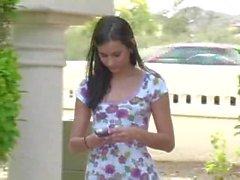 Larysa FTV Mädchen nackt in der Öffentlichkeit Straße