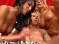 Busty Breanne Benson ve Tasha Reign gets fucked