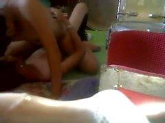 indonesian giovane e università teen sex