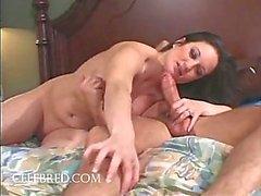 Stephanie Wylde Giant Tit MILF Zwaluwen Ejaculate