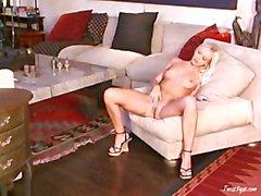 14.4.2007 de Jana Cova blonde est -ce que Blonde