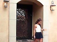 Pequeña y atractiva Gabriela de Ford obtiene su coño jodido