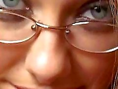 Geile chick met een bril