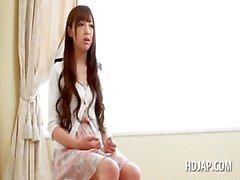 Tiener engelachtige Japans meisje sprak in hete sex