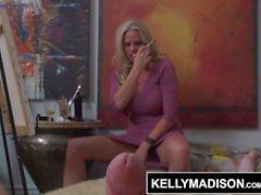 KELLY MADISON Big Tit MILF Artist Fucks modellen
