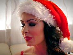 Spizoo - Regarder Jessica Jaymes baise le Père Noël, gros seins