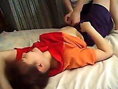 asiático boquete dedilhado peludo japonês