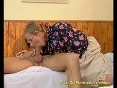 hairy mom needs deep anal