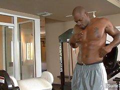 Hot schwarzen jock Diesel Washington Fick im Fitnessstudio