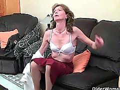 Saggy granny finger fucks her hairy pussy