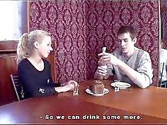 Nodigde het meisje om het beste restaurant