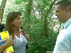 Dutch MILF scopata In Il mistero del bosco