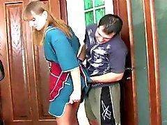 Russische stepmoms en jongens anale seks