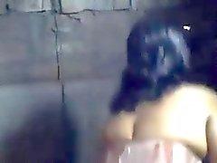 Тупой Бэнгла Desi с парнем перекодирование ванна не себе матери