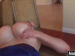 Katie Kox Sexo follan un gallo negro