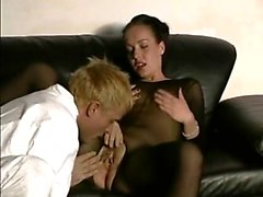 Oralsex is given by brunette in bodystocking and gets drill