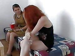 Zuzinka в втроем с секси рыжеволосая