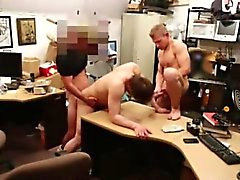 Filipina oferta trozos desnuda polla gay Vende su culo apretado para