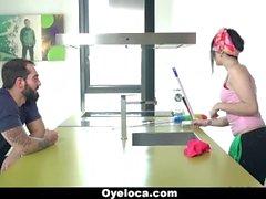 OeyLoca - Latina Reiniger reinigt Haus und Schwanz!