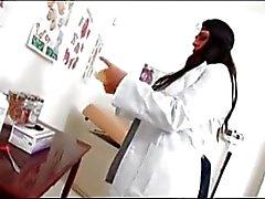 Lääkäri Daphne Rosen