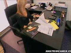 vilda sekreterare knulla chefen