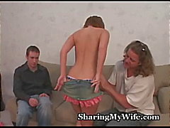 Vrouw Tries Swinging ... houdt van het !
