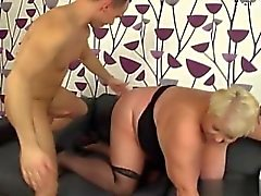 Big ass montando creampie