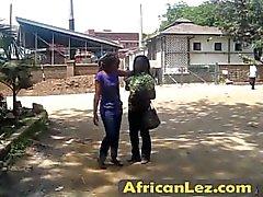 Amateur, africaine, lesbien, mange, chatte, douche