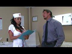 Priya Rai Banged von einem Pacient