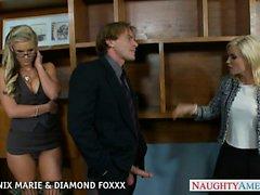Blondes di Phoenix Maria Diamante Foxxx scopare a foursome