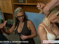 Las rubias Phoenix de Marie y Diamond Foxxx follar en cuarteto