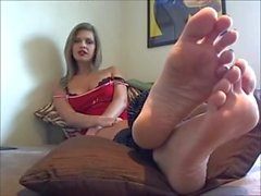 foreced_foot_joi