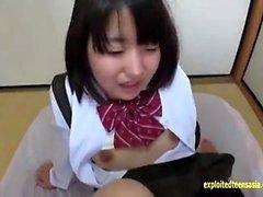 MILF à l'école uniforme fille ne pov