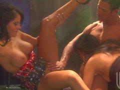 Große Gruppen-Sex mit der Alektra Blue und Jessica Drake